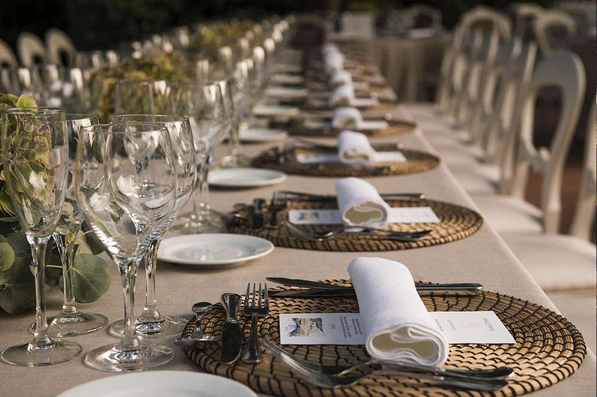 Boda de Leticia y Celso en Villa Bugatti- Detalle presentación de las mesas